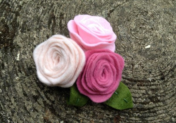 DIY: How to make a Felt Rose Brooch